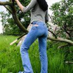 Juana - tight blue jeans and Swear plateau shoes
