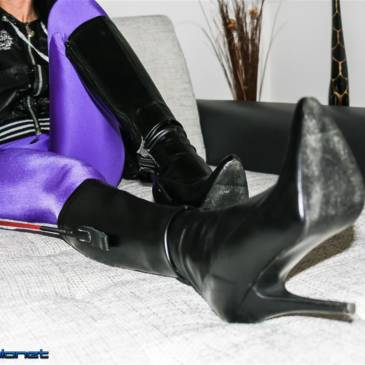 Amateur mistress Nelly – after session pictures