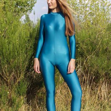 Spandex catsuit outdoor